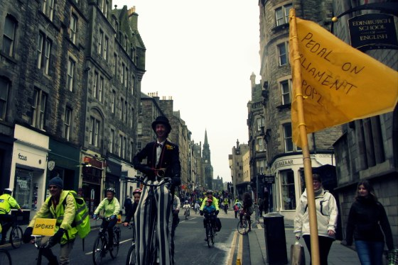pop2, pedal on parliament, edinburgh, ccycling, protest, 2013