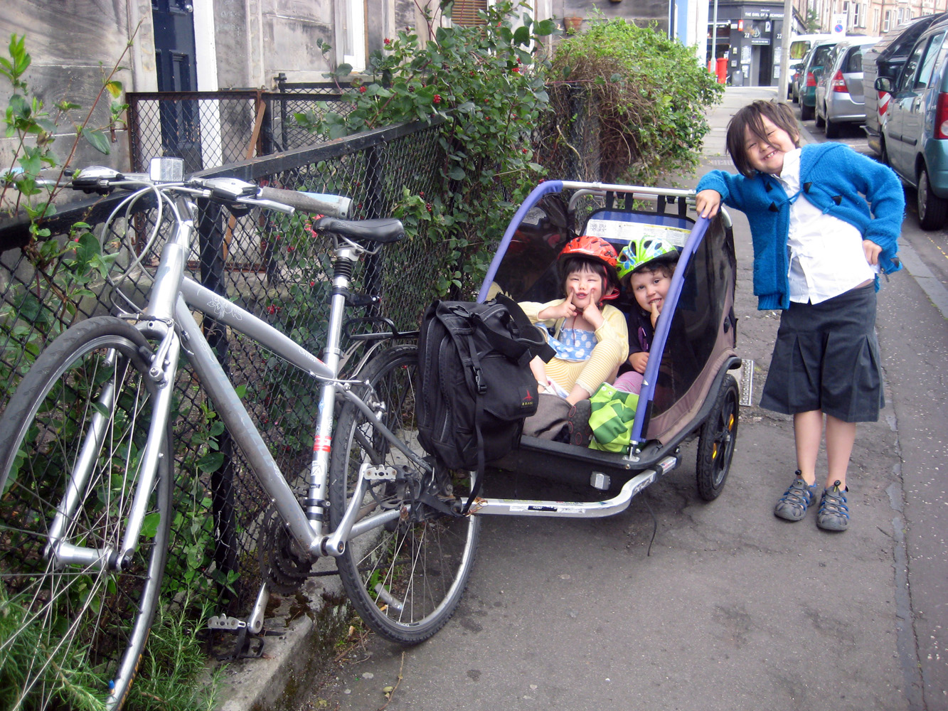 Top 5 Tips For Cycling With A Child Trailer Bikeable Jo