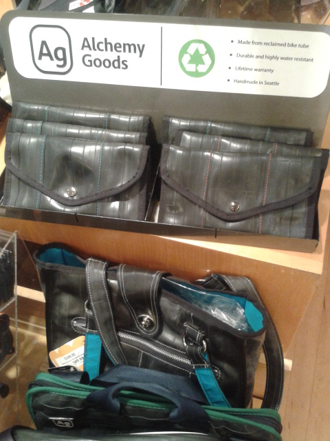Bags out of old bike innertubes?  Yes, please.